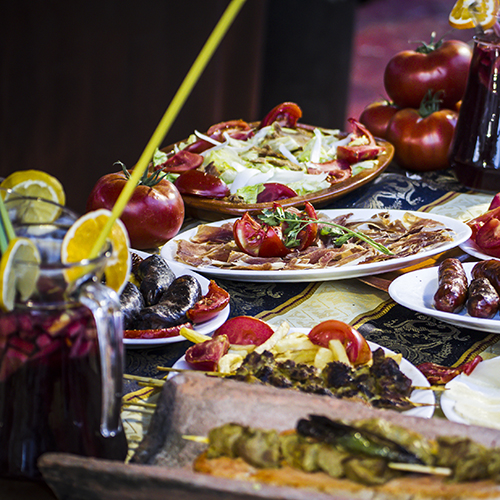 There are many dishes in a traditional Turkish meze.