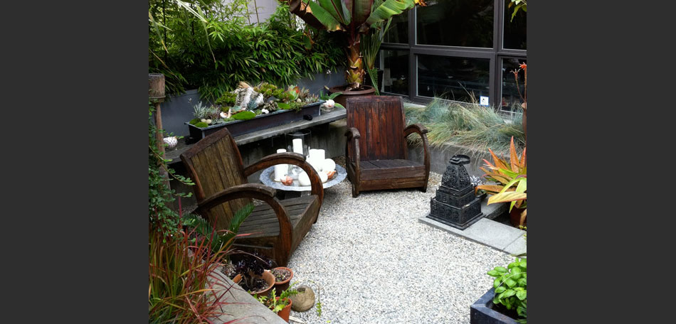 decorating small outdoor spaces - bombay outdoors