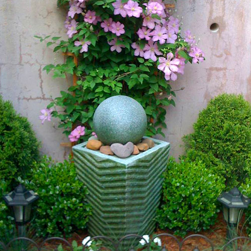 fan photos, backyard, patio, garden art, garden sculpture