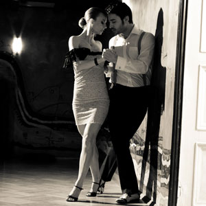 Buenos Aires Attractions - Street Tango at night
