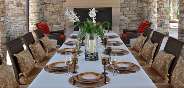 Outdoor Tablescapes: Contemporary Dining Patio - Formal Tablescape