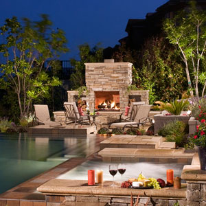Fireplace Patio (©AMS Landscape Design)