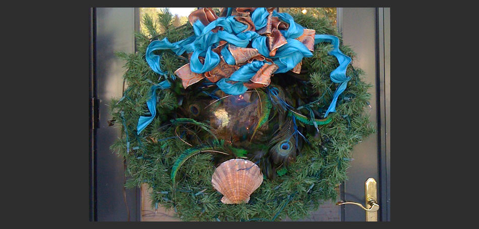 holiday wreath, christmas wreath, holiday decorating, holiday decorations, Florida, front door