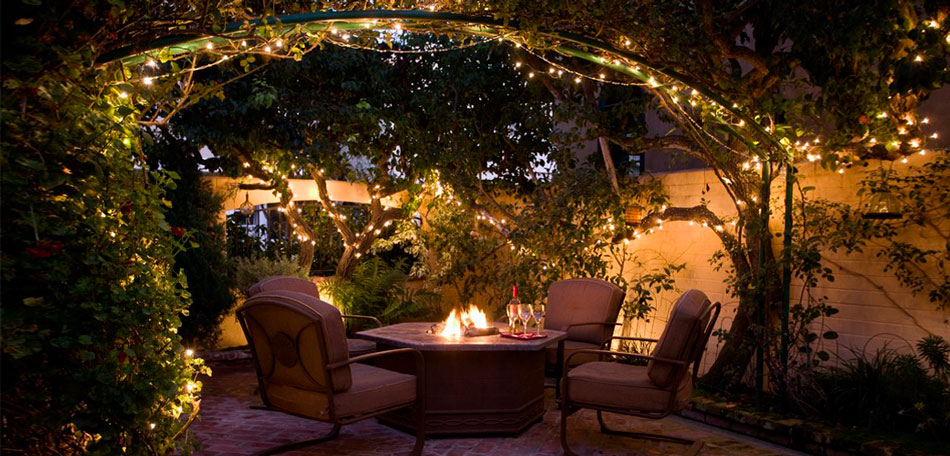 outdoor lighting ideas, mood lighting, outdoor decor, French courtyard, string lights