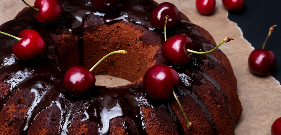 chocolate cake recipe, adult halloween party ideas