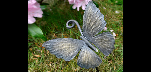 Wrought Iron Animals: Animal Outdoor Décor - Wrought Iron Garden Stakes - Butterfly
