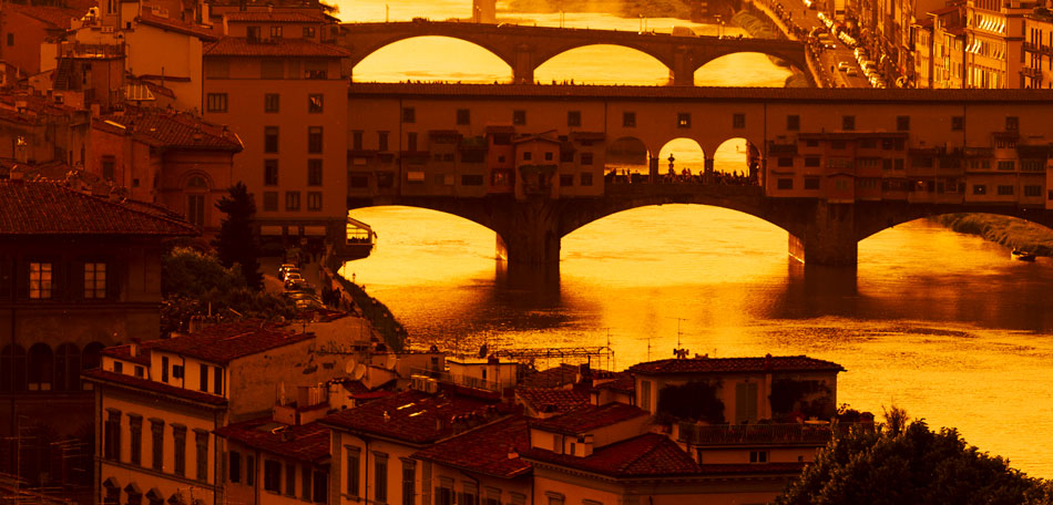 Beautiful Sunsets: Europe, European Countries, Sunset Locations, Sunsets, Places, Countries, Bombay Outdoors, Inspiration, Italy, Florence, River Arno, Ponte Vecchio, Golden Hour, Old Buildings, Architecture
