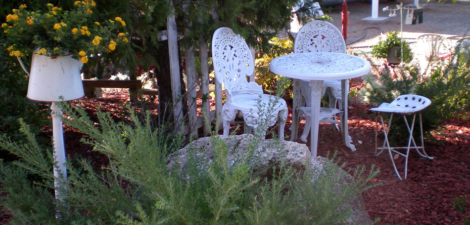 wrought iron patio furniture, decorating small outdoor spaces