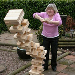 Lawn Jenga (source: PartyTimeLeisure)