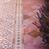 Patio Maintenance: Patio Tiles