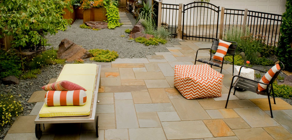 outdoor decorating ideas, 2014, patio pouf, footrest, outdoor ottoman