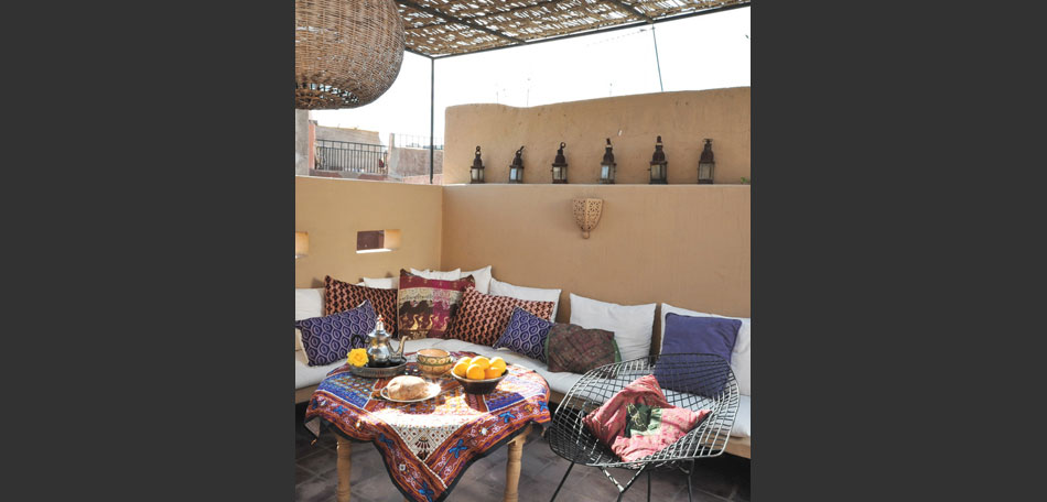 color trends 2014, 2014 color trends, bright colors, textures, Morocco, Moroccan patio, outdoor room, decor