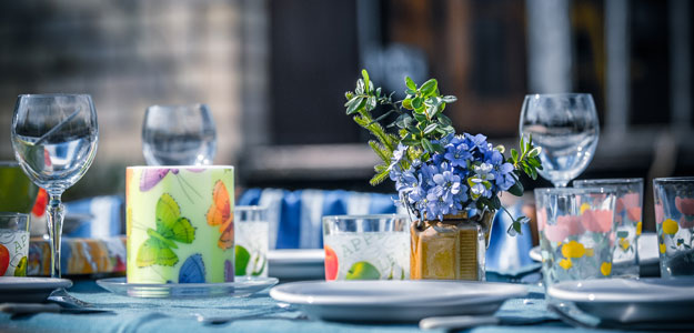 Outdoor Tablescapes: Patio Table Setting - Spring Flowers - Colorful Glassware