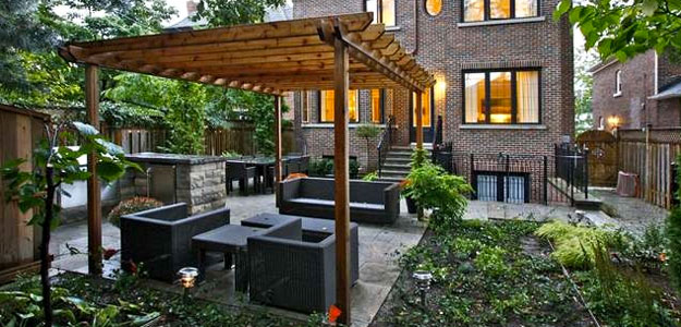 Pergola add beauty to your backyard bombay outdoors for Pergola images houzz