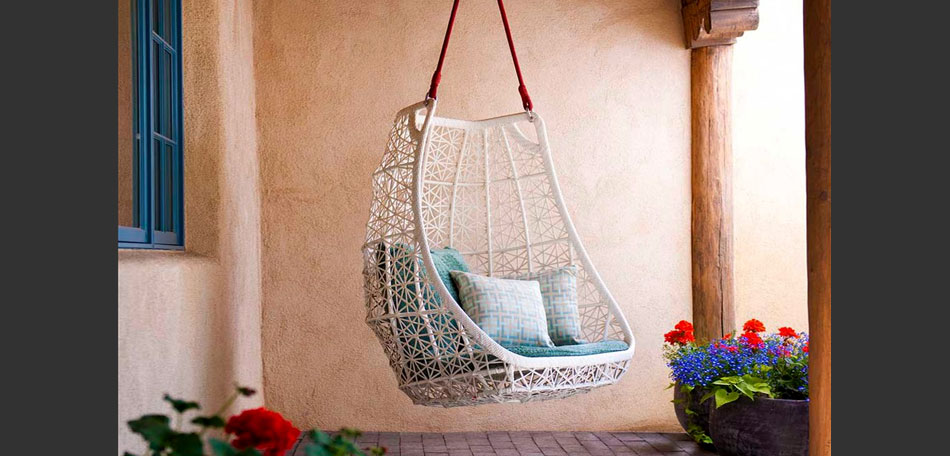 outdoor decorating ideas, 2014, porch swing, outdoor pillows, private nook