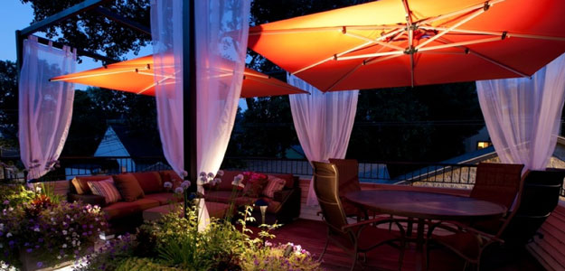 Outdoor Tablescapes: Global Style - Urban Patio - Rooftop Garden - Rooftop Gardens - Patio Tablescape