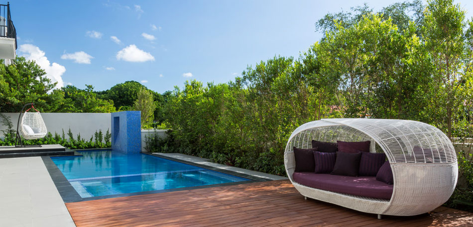 outdoor decorating ideas, 2014, patio sofa, chaise lounge