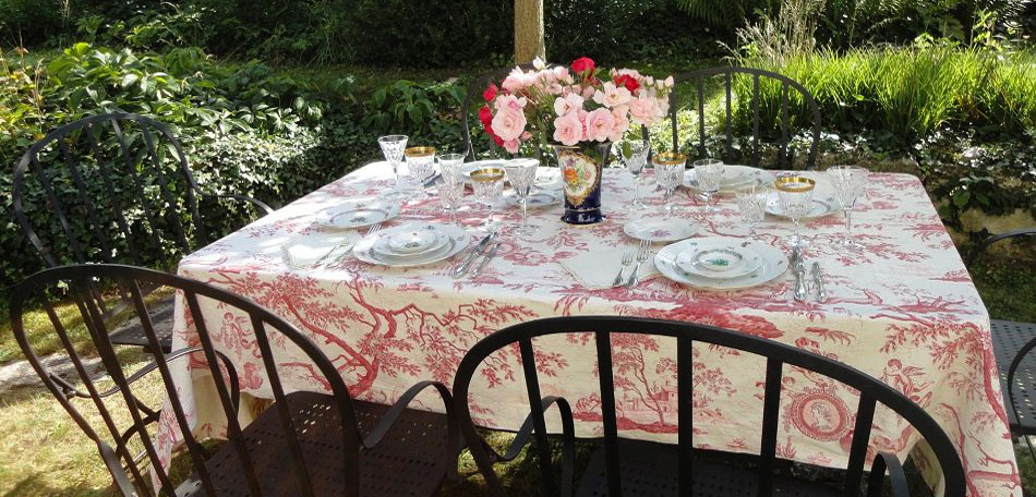 tablescape ideas, French fabric