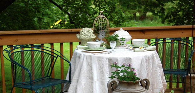 Terrific Patio Eye Candy Outdoor Tablescapes Bombay Outdoors Home Interior And Landscaping Palasignezvosmurscom