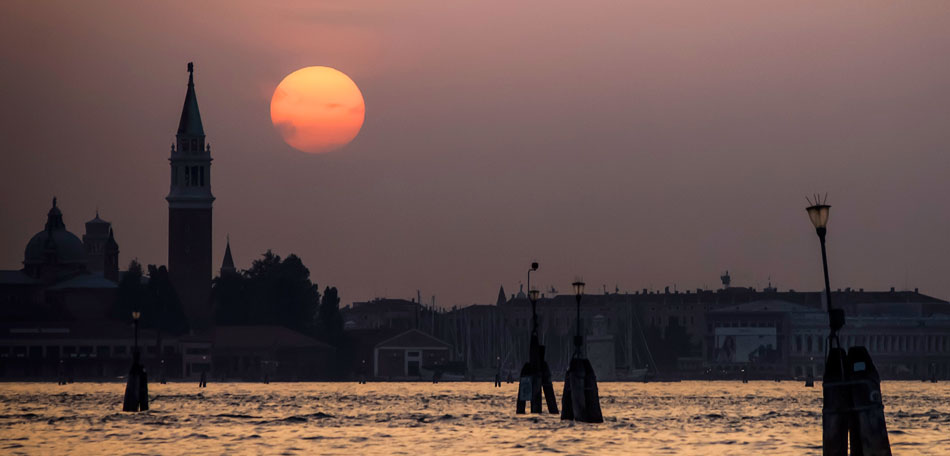 Beautiful Sunsets: Europe, European Countries, Sunset Locations, Sunsets, Places, Countries, Bombay Outdoors, Inspiration, Italy, Venice, Sunset