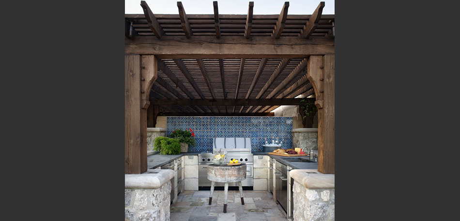 color trends 2014, 2014 color trends, bright colors, textures, patio kitchen, outdoor kitchen, pergola, tiles, slate, stone
