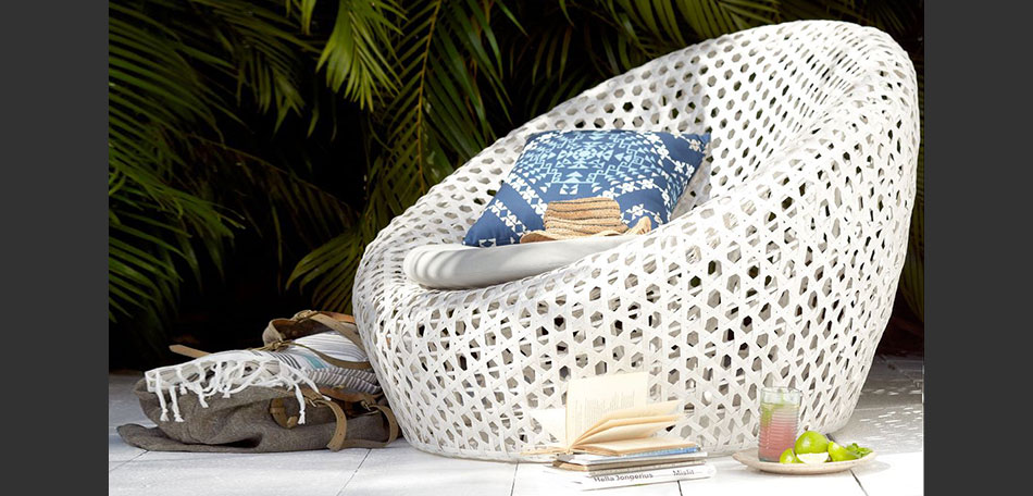 Charmant Outdoor Decorating Ideas, 2014, Wicker Nest Chair, Patio Chair